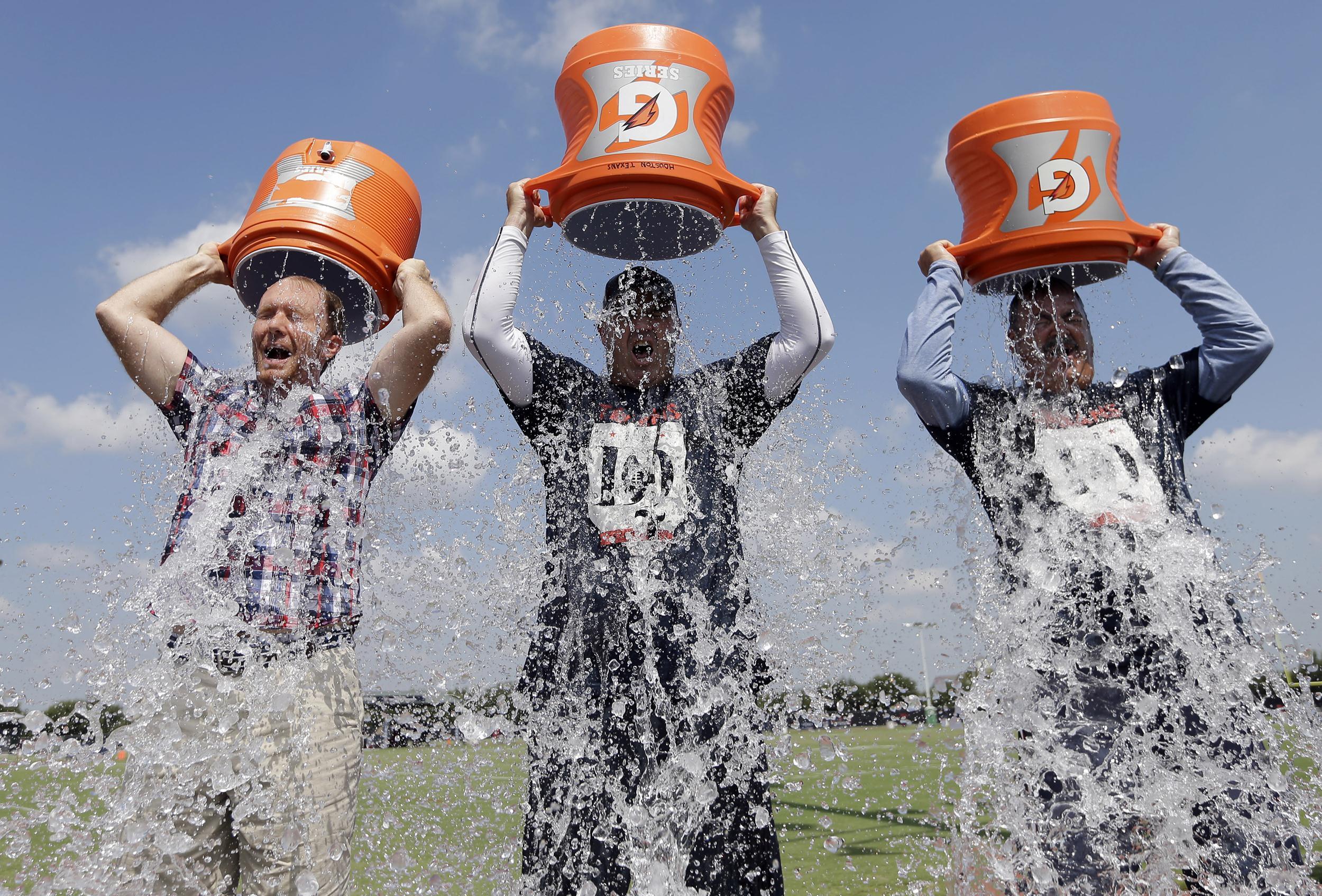 le Rösti Challenge est un peu plus significatif que l'Ice Bucket Challenge...